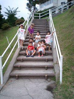 子供8人勢ぞろい