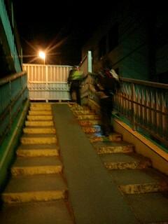 試練の歩道橋越え!